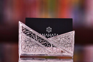 CLASSIC BUSINESS CARD HOLDER (1)
